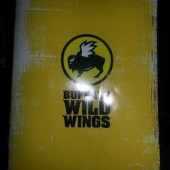 Photo taken at Buffalo Wild Wings Grill & Bar by Shawn S. on 4/9/2013