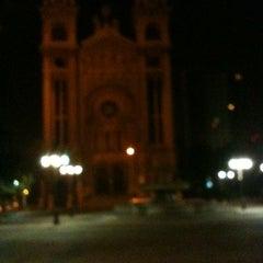 Photo taken at Parque Sacramentinos by Eduardo on 12/24/2013