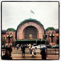Photo taken at VR Helsingin päärautatieasema by Michael L. on 4/23/2013