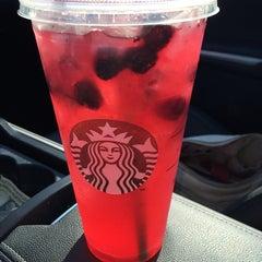 Photo taken at Starbucks by Larson G. on 7/11/2014