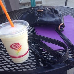 Photo taken at Jamba Juice by Samantha A. on 5/13/2014