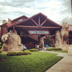 Photo taken at Great Wolf Lodge by Stephanie H. on 5/19/2013