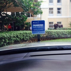 Photo taken at Hampton Inn Ft Lauderdale Airport North by J Monique C. on 11/10/2013