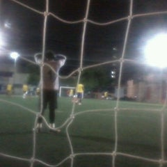 Photo taken at Bate Bola Society by Tiago P. on 5/25/2013