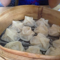 Photo taken at Dong Bei Dumpling by Eirik C. on 2/2/2013