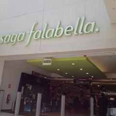 Photo taken at Saga Falabella by Omar T. on 10/23/2012