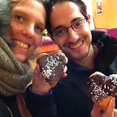 Photo taken at Dunkin Donuts by Tamar S. on 2/9/2013