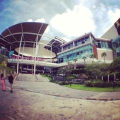 Photo taken at Central Festival Phuket (เซ็นทรัล เฟสติวัล ภูเก็ต) by Константин Д. on 11/29/2012
