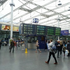 Photo taken at Manchester Piccadilly Railway Station (MAN) by Sifte A. on 8/12/2013