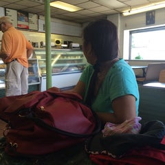 Photo taken at Neptune Bakery & Deli by Penelope Anne R. on 8/19/2014