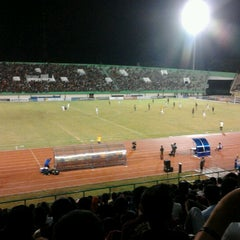 Photo taken at Stadion Manahan by Elfran T. on 12/23/2012