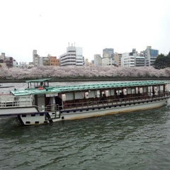 Photo taken at 天神橋 by かわたく on 4/2/2013