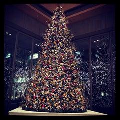 Photo taken at 丸の内ビルディング (丸ビル) / Marunouchi Building by Mariko on 12/19/2012