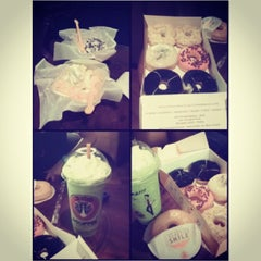 Photo taken at J.Co Donuts & Coffee by Natasya R. on 4/16/2013