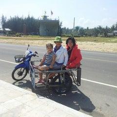 Photo taken at ชายทะเลปากน้ำ by ณัฏฐนันท์ ค. on 1/5/2014