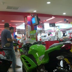 Photo taken at chandra super-store by Ariz G. on 6/20/2013