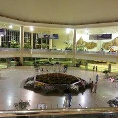 Photo taken at King Fahd International Airport (DMM) مطار الملك فهد الدولي by Bachar A. on 10/27/2012