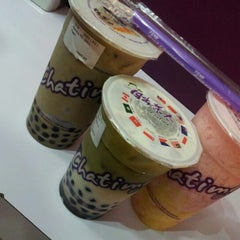 Photo taken at Chatime by Yong Z. on 9/21/2012