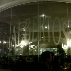 Photo taken at Alberto's Café by Augusto G. on 9/29/2012