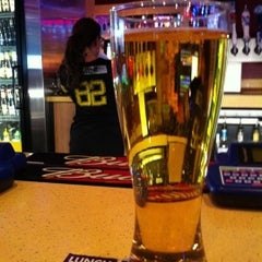 Photo taken at Buffalo Wild Wings by Kevin C. on 12/6/2012