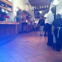 Photo taken at Olive Garden by Michele M. on 12/17/2012