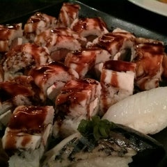 Photo taken at Sushi Avenue on the Square by Andre R. on 5/12/2015