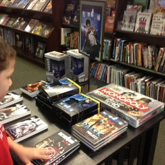 Photo taken at Barnes & Noble by Andrew R. on 5/12/2013