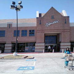 Photo taken at Kroger by Supote M. on 2/16/2013