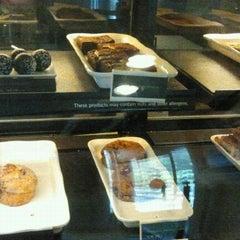 Photo taken at Starbucks @ Electronic Arts by Stella B. on 8/26/2013