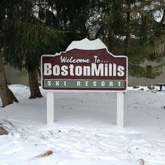 Photo taken at Boston Mills Ski Resort by ❄Pavan S. on 3/2/2013