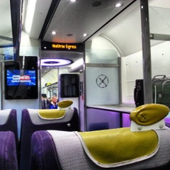 Photo taken at Heathrow Express Train - Paddington [PAD] to Heathrow [HXX] by Robert v on 4/1/2013