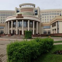 Photo taken at Факультет политологии МГУ by Tomik T. on 5/28/2013