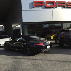 Photo taken at Porsche of Downtown LA by Gee M. on 3/11/2016