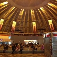 Photo taken at Terminal de Autobuses de Pasajeros de Oriente (TAPO) by Jesus Humberto S. on 10/6/2012