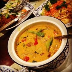 Photo taken at President Thai Restaurant by Nelson L. on 12/9/2012