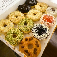 Photo taken at J.Co Donuts & Coffee by Agus S. on 1/24/2013