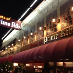 Photo taken at House of Prime Rib by Zain M. on 12/14/2012