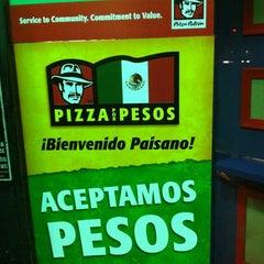 Photo taken at Pizza Patron by Gabriel on 10/25/2012
