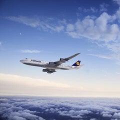 Photo taken at Lufthansa Flight LH 418 by Lufthansa on 11/26/2012