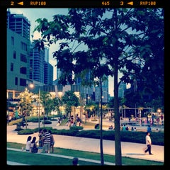 Photo taken at Bonifacio High Street by Jerry S. on 4/14/2013