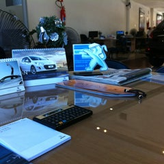 Photo taken at Peugeot BORDEAUX by Michel on 12/21/2012