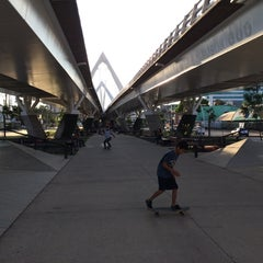 Photo taken at SKATEBOARDSOK by Paul on 7/7/2014