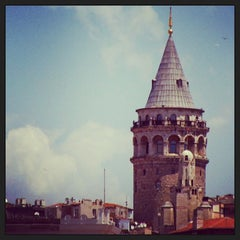 Photo taken at Galata Kulesi by Recep K. on 7/27/2013