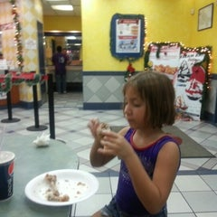 Photo taken at KFC by Hugo Abraham G. on 12/6/2012