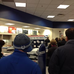 Photo taken at US Post Office by Steve L. on 1/10/2014