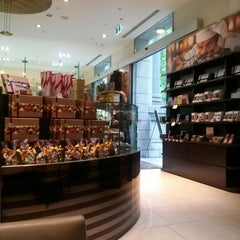 Photo taken at Lindt Chocolate Cafe by April Y. on 10/17/2013