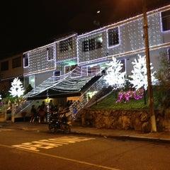 Photo taken at Hamburguesas El Garaje - Terrazas by David on 12/23/2012