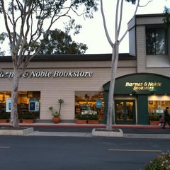 Photo taken at Barnes & Noble by David C. on 2/18/2011