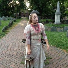 Photo taken at Ghosts and Gravestones Boston by Laszlo V. on 6/7/2012