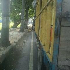 Photo taken at Bunderan Kalibanteng by Tomy S. on 10/3/2011